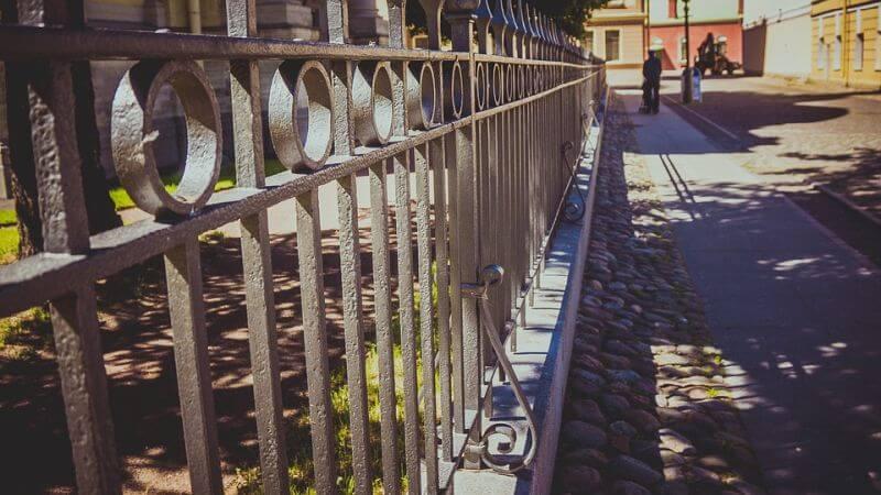 fabricantes mobiliario urbano vallas madrid