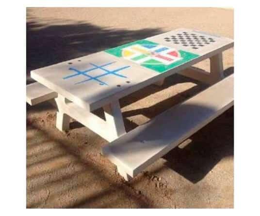 mobiliario urbano mesa picnic multijuego